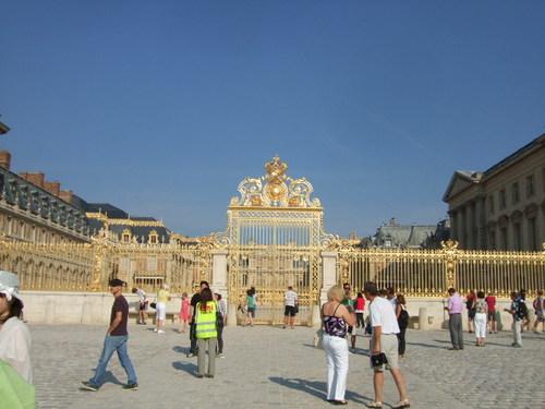 ベルサイユ宮殿 門